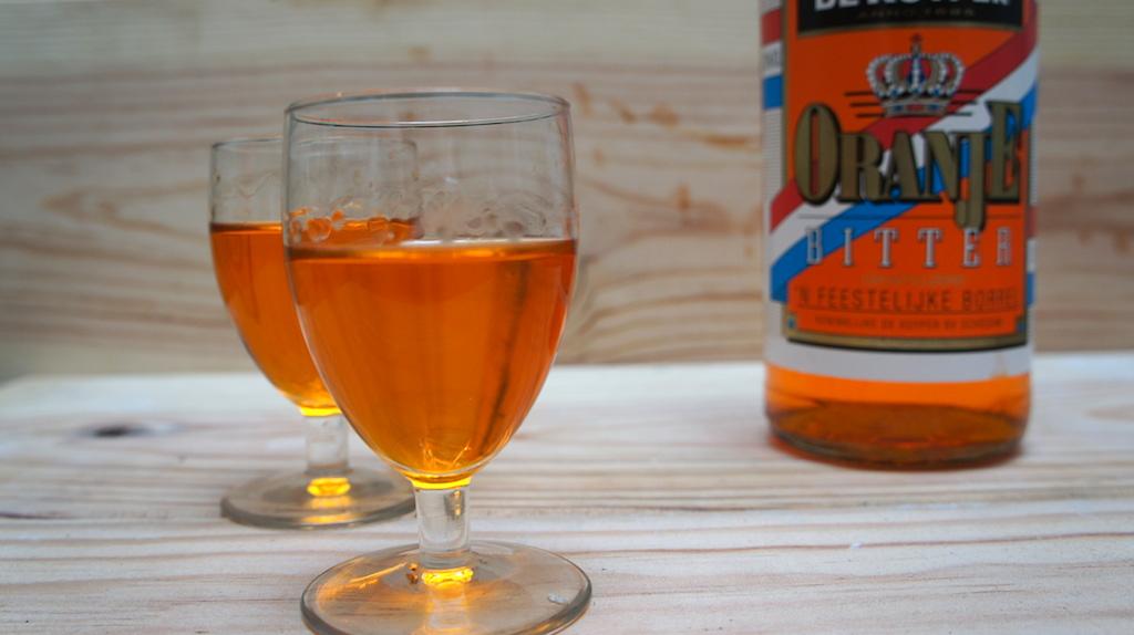 O-o-oranjedrankje: Oranjebitter