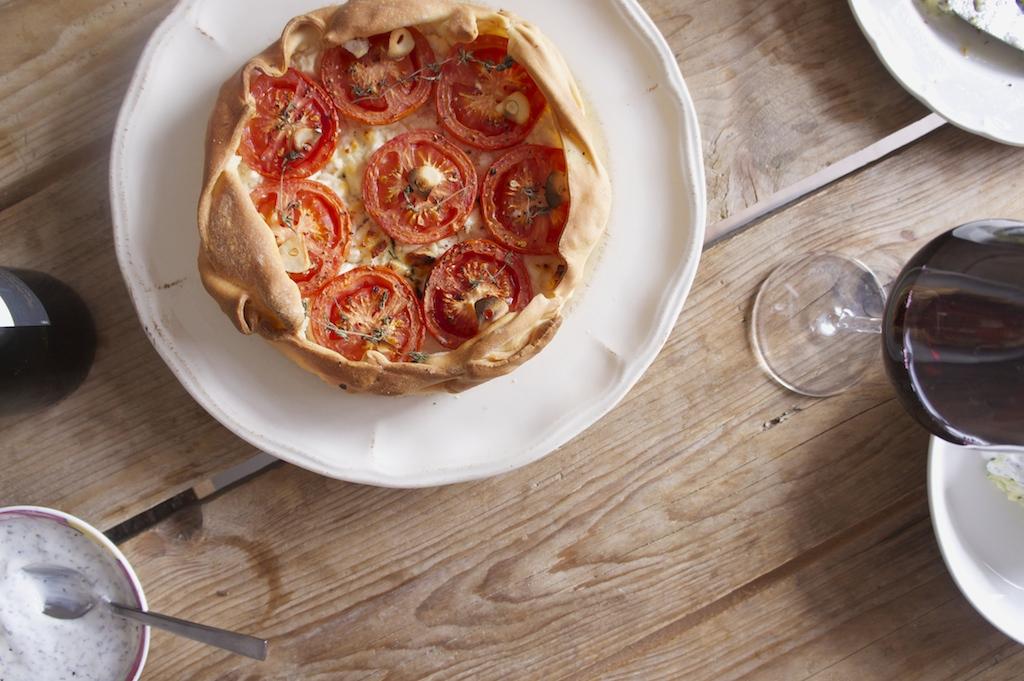 Super snel tomatentaartje met geitenkaas